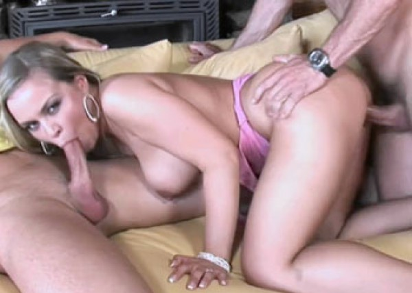 Mia gets filled with cum in a threesome